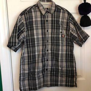 Dickies button up short sleeve shirt
